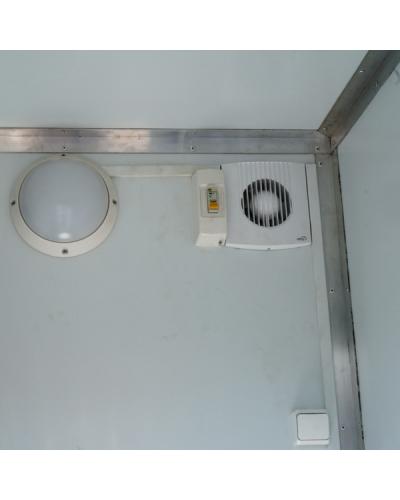 Теплая туалетная кабина (туалетный модуль)
